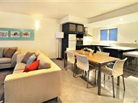 2 Bedroom Open Plan - Peppers Airlie Beach